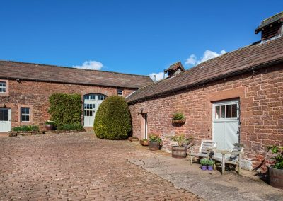 Hazelrigg a luxury dog-friendly holiday cottage in Cumbria | Howscales